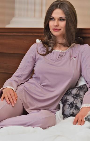 Pyjama Madonna
